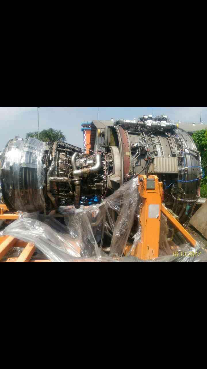 波音737-300-CMF56vwin1522.jpg